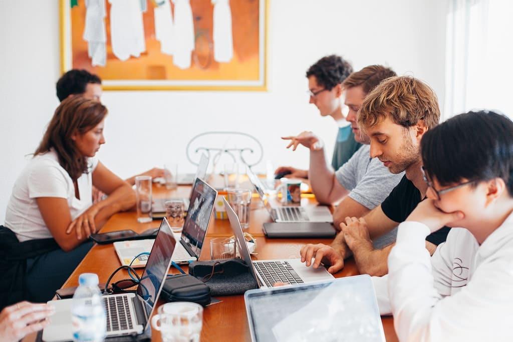 Firma digital en cada departamento de la empresa