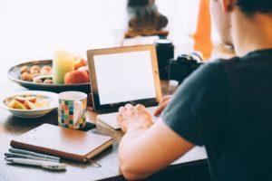 VIAFIRMA - 9 consejos para proteger tu identidad digital